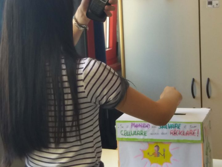 Campagna Riciclo Cellulari alla Scuola Media Don Milani di Prato per la Giornata Mondiale dell'Ambiente 2018