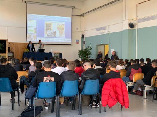 Il Jane Goodall Institute Italia al Polo Professionale Scarambone di Lecce
