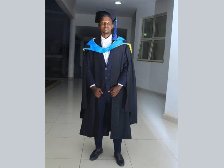 Complimenti a Hery Rashidi, giovane laureato di Sanganigwa